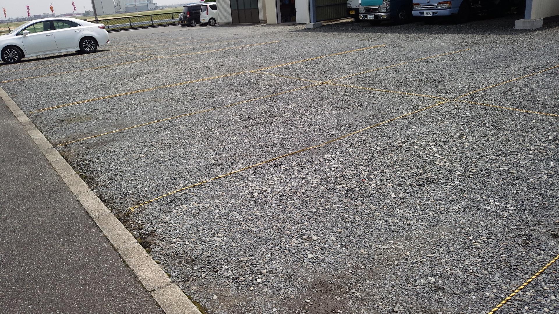 駐車場ロープ張り(作業後)