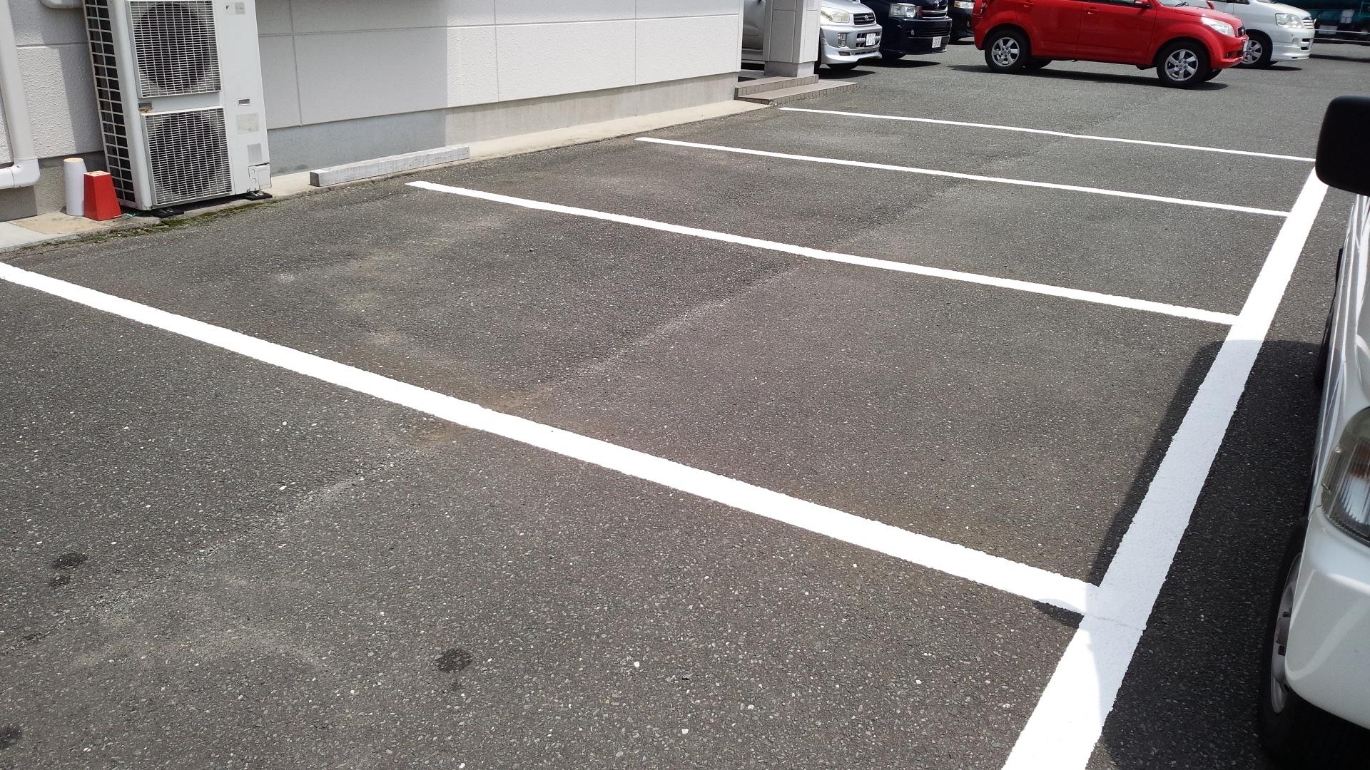 駐車場白線引き(作業後)